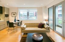 1 bedroom Flat in Rathbone Market...