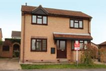 3 bed Detached home for sale in Fairfield Close, Bramley...