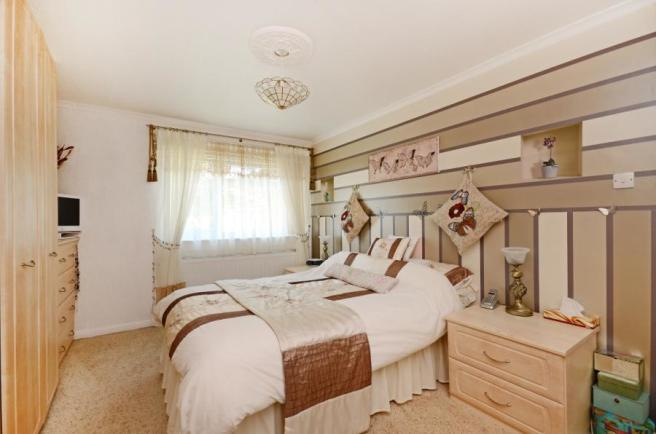 4 bedroom house for sale in whiston grange rotherham - 2 master bedroom houses for sale ...