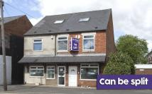 property to rent in High Street, Kingswinford