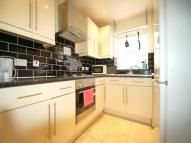 Flat to rent in Copland Road, Wembley,