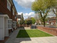 2 bed Flat in Holmfield ...