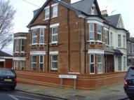 Flat to rent in Allison Road, Acton...