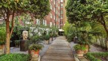 1 bedroom Flat in Hill Street, Mayfair...