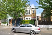 4 bedroom property in Shinfield Street...