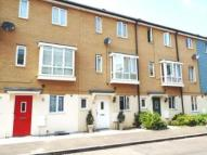 3 bed Terraced house in Harn Road...