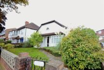 Bungalow in Avondale Road, Bromley