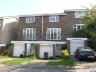 Town House in Thirlmere Rise, Bromley