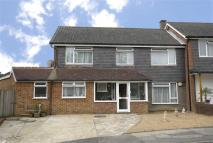 3 bed End of Terrace home in Mead Way, Bromley, Kent