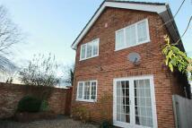 Detached property to rent in Oakley Road, Keston