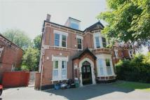 Flat to rent in Bromley Road, Beckenham