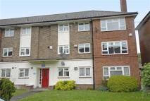 3 bedroom Flat for sale in Martins Road, Shortlands...
