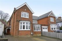 4 bed semi detached property in Nightingale Lane...