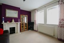 3 bed semi detached house in Gundulph Road, Bromley