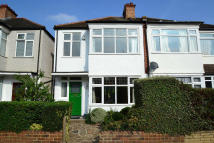 semi detached home to rent in GUNDULPH ROAD, Bromley...
