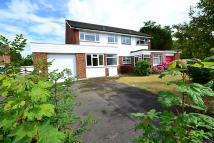 4 bed semi detached home to rent in Clareville Road...