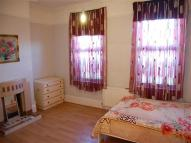 Flat to rent in A London Road, Mitcham...