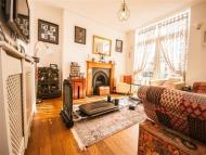 4 bed house in Ridge Road, Mitcham, CR4