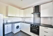 2 bed Maisonette to rent in LONDON ROAD, MITCHAM