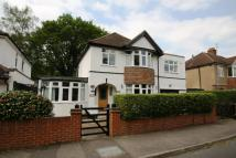 4 bedroom Detached house in Chobham Road, Ottershaw...