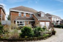 5 bedroom Detached house in Old Road, Row Town...