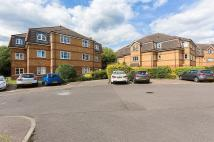 2 bed Flat in Chaucer Way, Wimbledon...