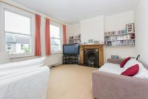 2 bedroom property to rent in Russell Road, Wimbledon...