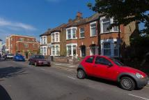 2 bed house to rent in Ridley Road, Wimbledon...