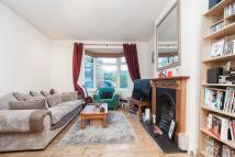 Hartfield Crescent Ground Flat to rent