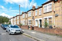 1 bed Flat to rent in Ridley Road, Wimbledon...
