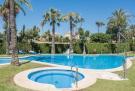 2 bed Ground Flat in Nueva Andalucia, Málaga...