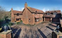 7 bedroom property to rent in East Green Close...