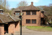 6 bed Detached house in Codicote Road, Welwyn...