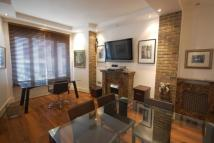 Flat to rent in Bolsover Street, London...