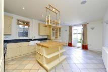 5 bed End of Terrace property in Clapham Common Westside...