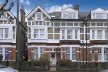 2 bedroom Flat for sale in Ravenslea Road, London