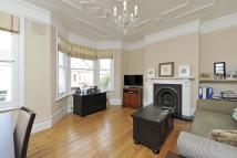 Bramfield Road Flat to rent