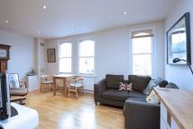 2 bedroom Flat in Northcote Road...