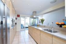 5 bed Terraced home to rent in Honeywell Road, LONDON