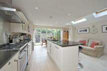 4 bed Terraced property to rent in Kelmscott Road, London
