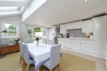 3 bedroom Terraced house to rent in Pickets Street, Battersea
