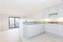 Apartment to rent in Battersea Rise, London