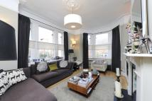 3 bed Flat in Western Lane...