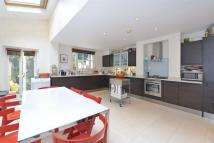 5 bed Detached home in Keildon Road, Battersea...