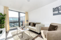 1 bed Flat to rent in Pinnacle Tower...