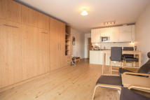 Flat to rent in Amelia House...