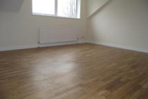 Flat to rent in Priory Road, London, N8