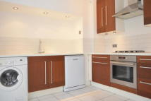 3 bed Flat in Long Ridges...