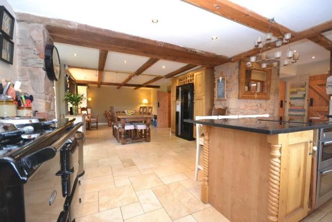 4 Bedroom Barn Conversion For Sale In Coppull Brow