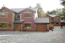 4 bedroom Detached home in Belgrave Towers, Bolton...